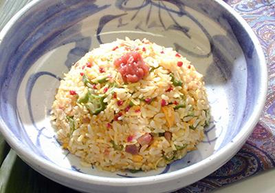 梅干を米料理の新しい調味料として